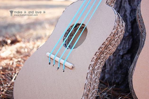 cardboard_guitar.jpg