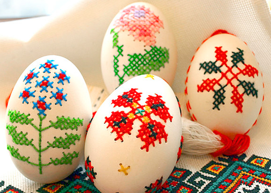 cross_stitched_easter_eggs.jpg