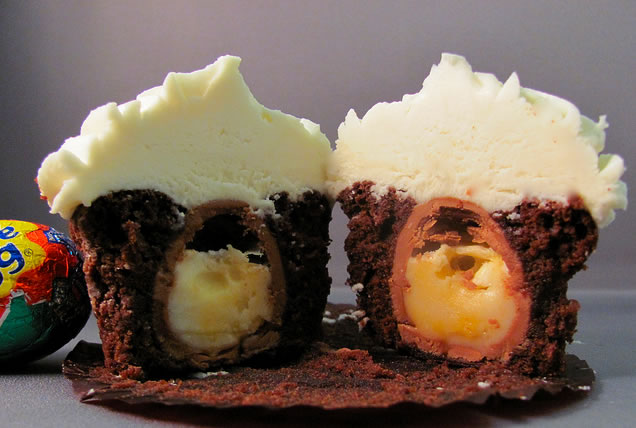 cadbury_egg_cupcake.jpg