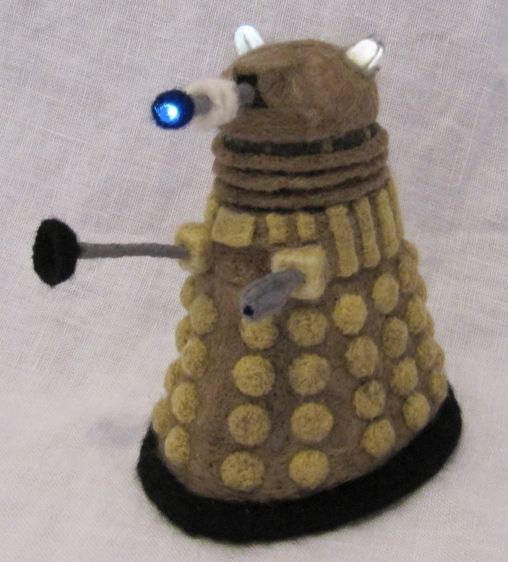 Needle_Felted_Dalek_by_GlassCamel.jpg