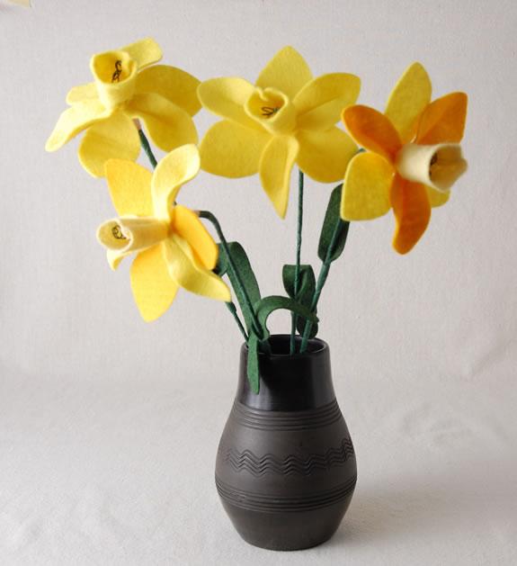 felt_daffodils.jpg