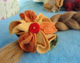 flower_barrette1.jpg