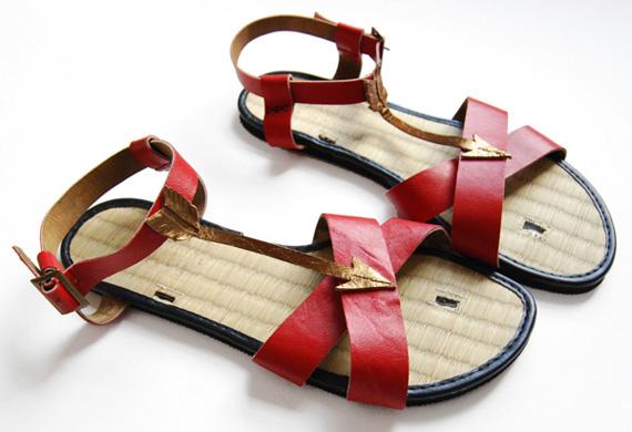 arrow-sandals.jpg