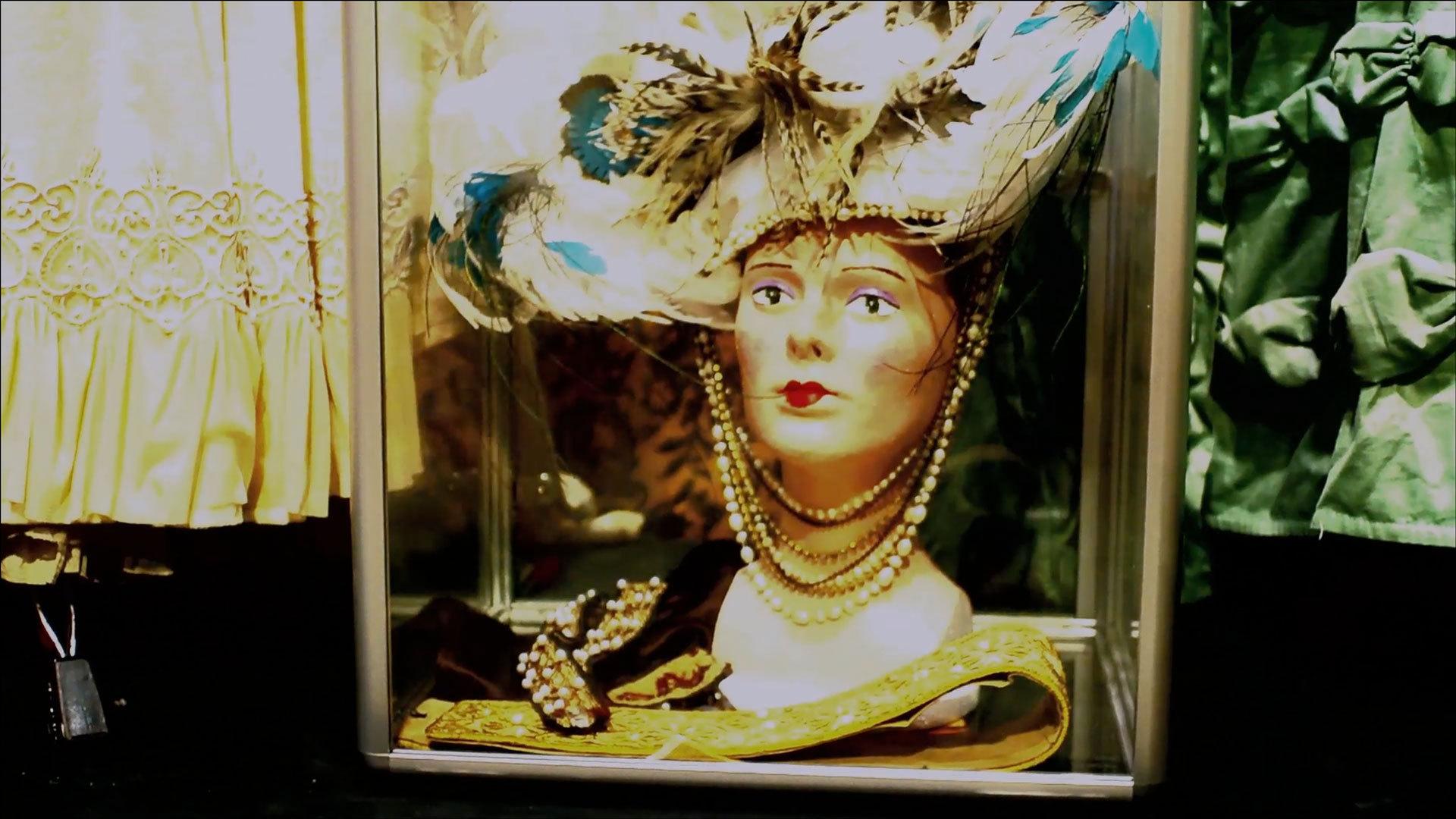 5232-Costumes-for-Carnival-of-Venice.jpg