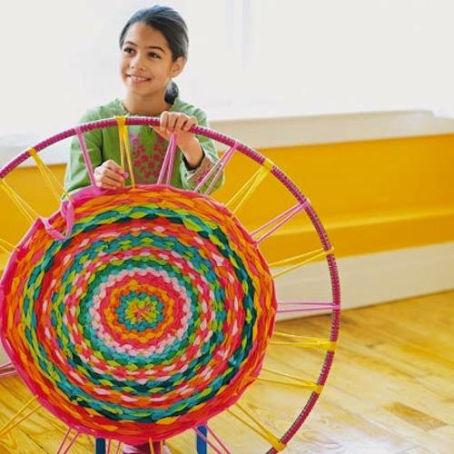 Simple hula hoop weaving tutorial