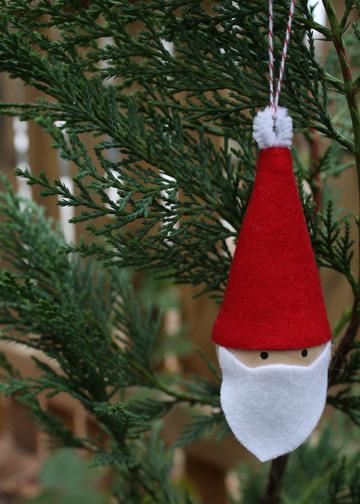 10_minute_santa_ornament.jpg
