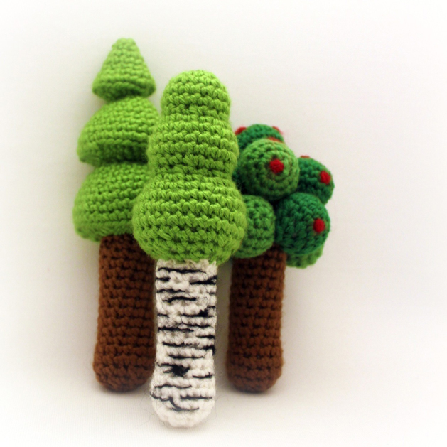 tree_crochet_rattle.jpg