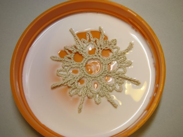 Crocheted_Snowflake_Ornaments_Step5.jpg