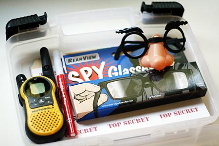 DIY_detective_kit.jpg