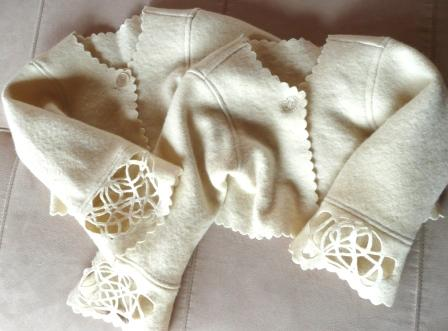 twinnysweaters.jpg