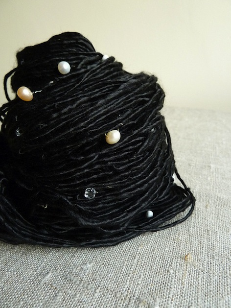 black_pearls_yarn_flickr_roundup.jpg
