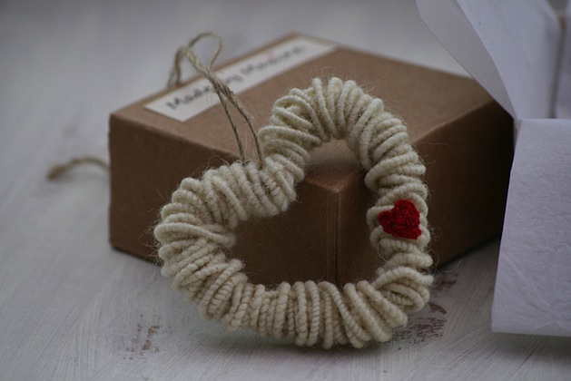 english_wool_decorative_heart_flickr_roundup.jpg