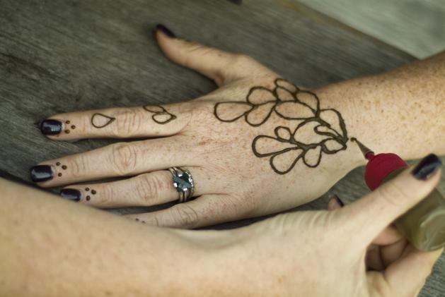 henna_camp_08.jpg
