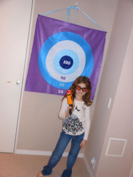 felt_so_cute_nerf_felt_bullseye_target.jpg