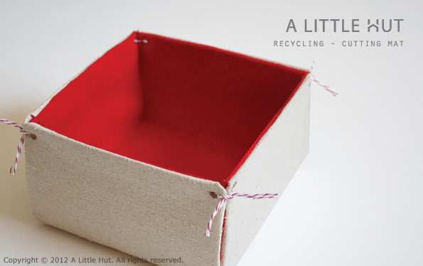 a_little_hut_cutting_mat_storage.png