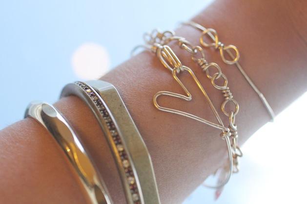 ispydiy_wire_heart_bracelet.jpg