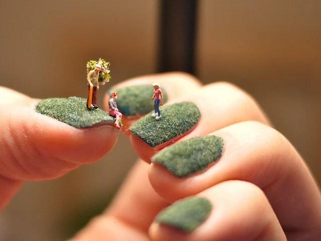 fingernail_lawn.jpg
