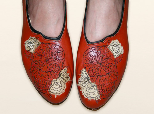 stitchpunk_embroidered_leather_shoes.jpg