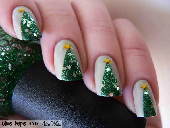 bluetapeandnailtips_christmas_tree_nails