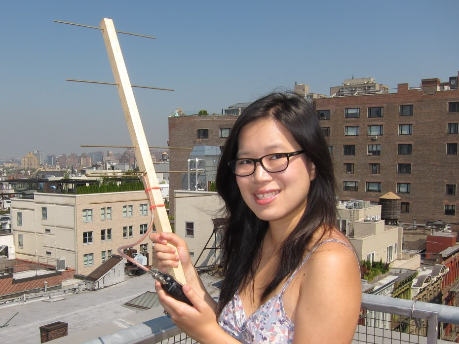 Listening to Satellites with a Homemade Yagi Antenna | Make: