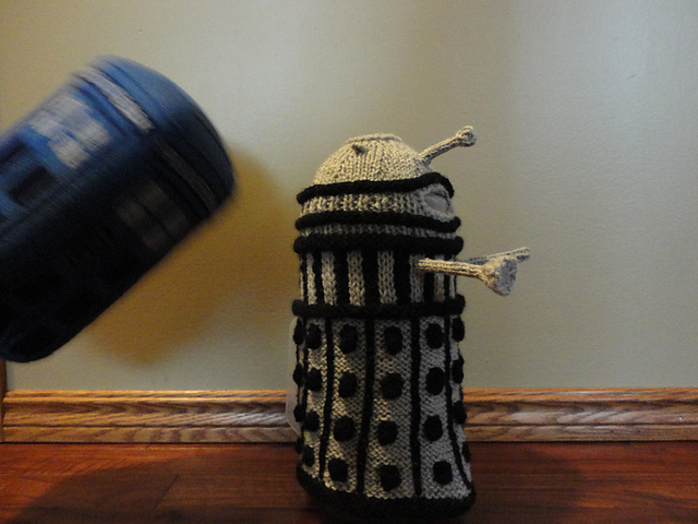 dalek-french-press-cozy-1