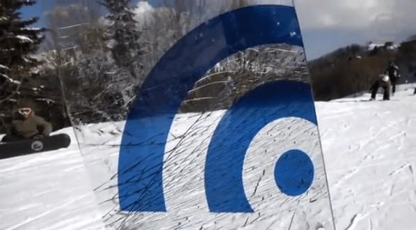 glass_snowboard3