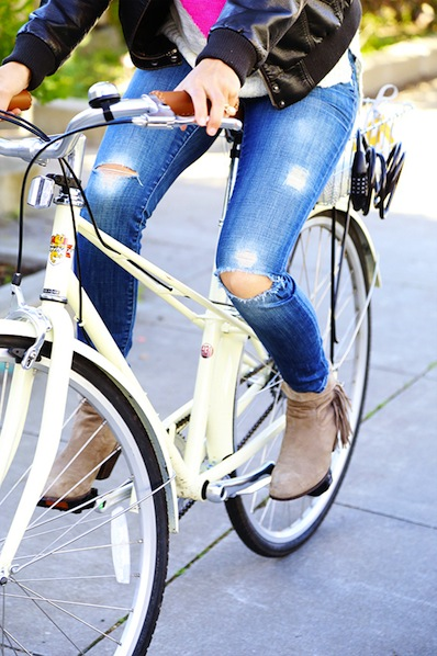 sayyestohoboken_distressed_jeans