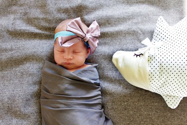 seekatesew_silk_bow_baby_headband