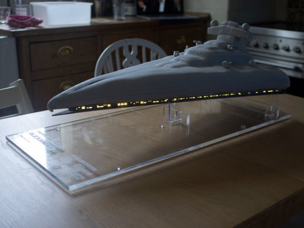 star-destroyer-cake-1