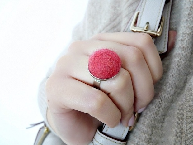 dans-le-townhouse_Felted_Wool_Ring