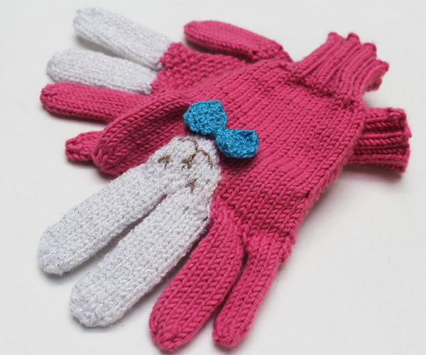 devincole_knit_bunny_gloves