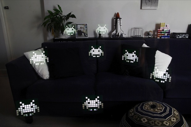 geekcrafts_space_invaders_photo_flash