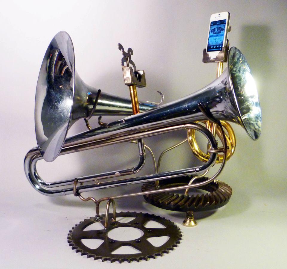 locke iphone horns