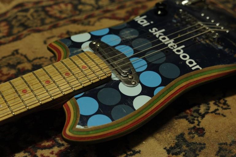 skate-guitars-13