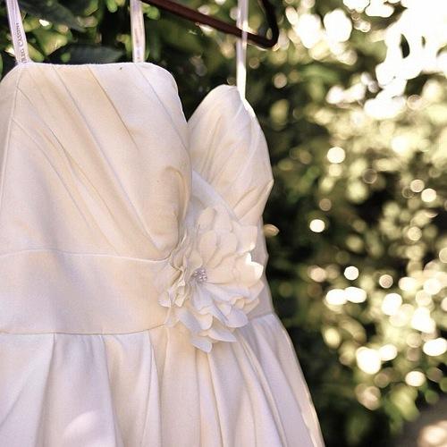 white_dress_flickr_roundup