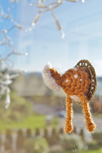 How-To: Crocheted Deer Butt Faux Taxidermy | Make: