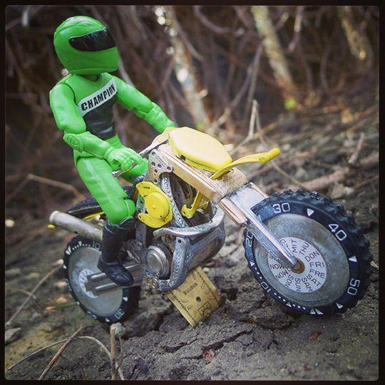 tanenbaum motorcycle9
