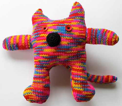 04_Multi-colour_Knitted_Cat_flickr_roundup
