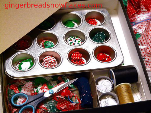 gingerbreadsnowflakes_hexie_travel_kit_01