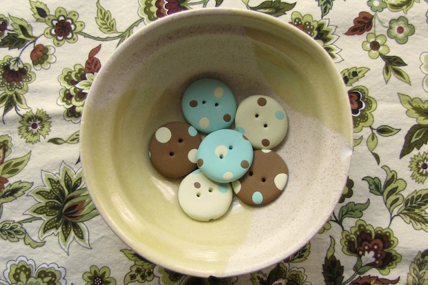 lisaclarke_polymer_clay_buttons_01