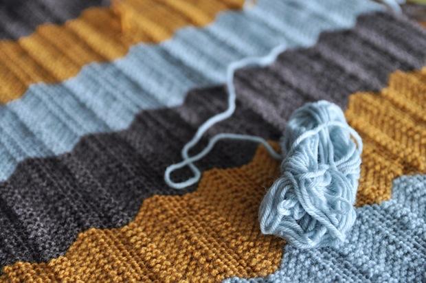 03_knitted_blanket_flickr_roundup