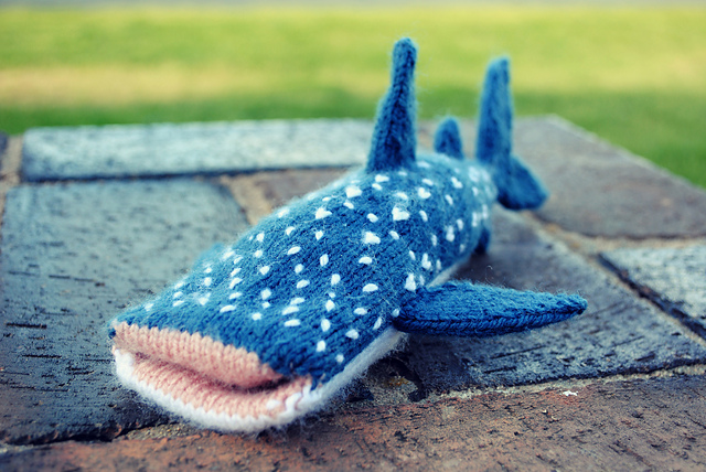 whale-shark-iphone-cover-1