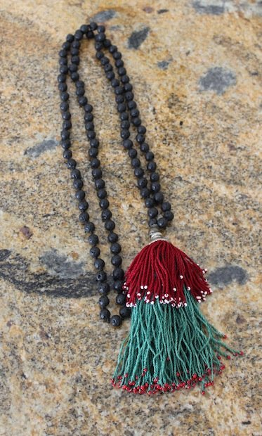 02_handmade_mala_necklace_flickr_roundup