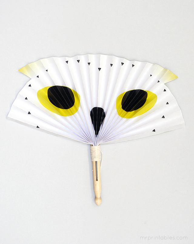arctic owl-paper-fan