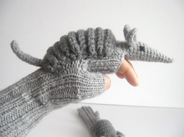 Armadillo-Gloves-2