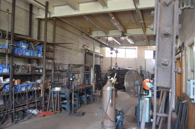 carlos metalworking shop