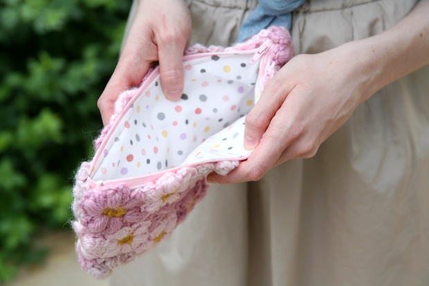 caughtonawhim_mollie_flower_clutch_02