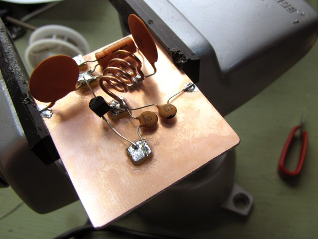 Super Simple iPod FM Transmitter