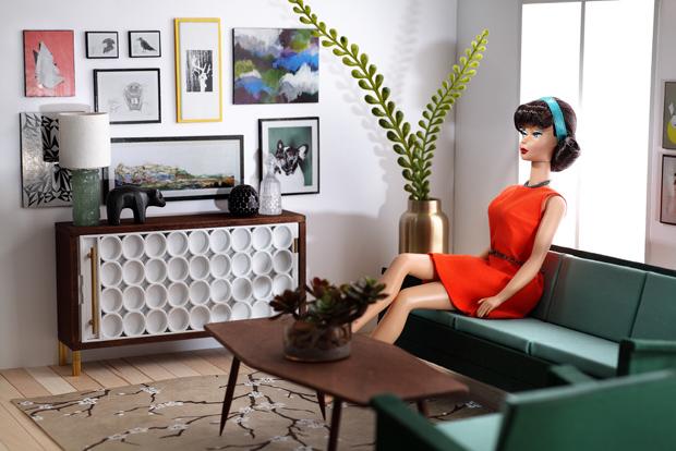 02_blythe_barbie_furniture_flickr_roundup