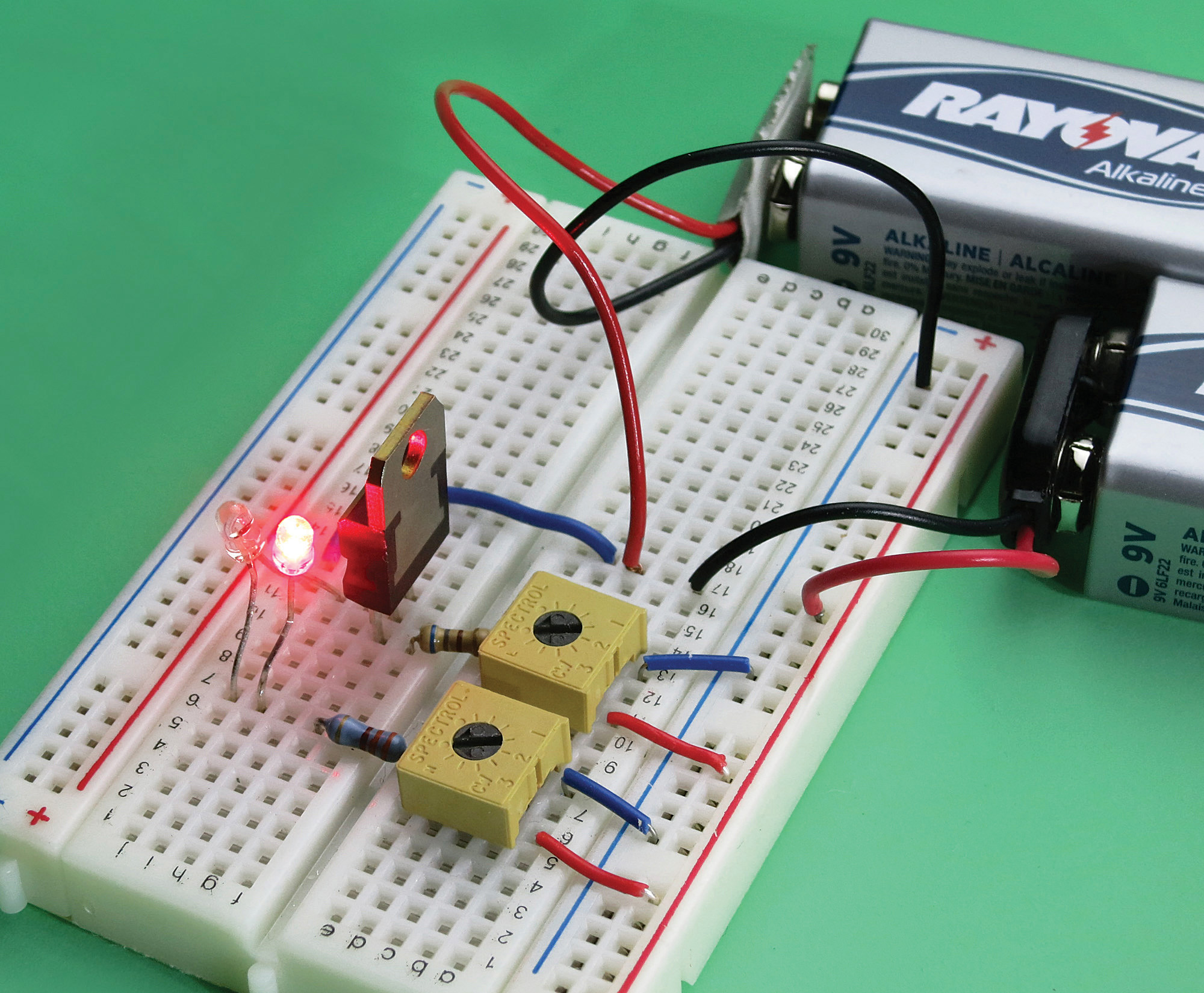 Try A Triac Make Circuits Projects 10 The Breadboarded Layout